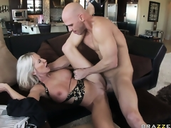 Lying on her back she gets drilled unfathomable in advance of welcoming his cum on her huges tits